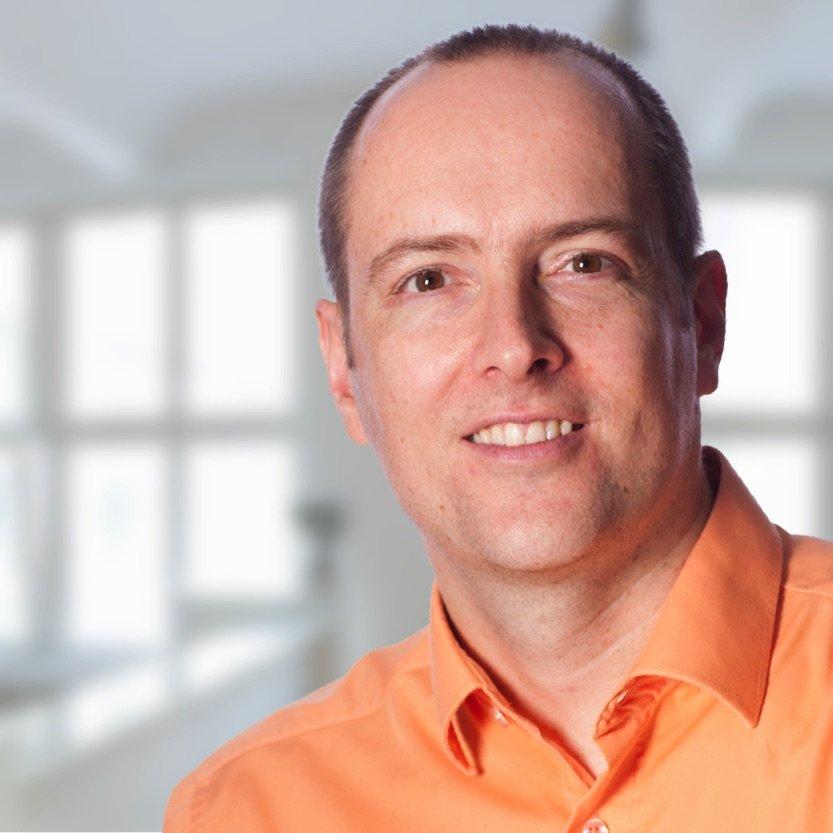 Dr. Simon Müller, Zahnarzt in Kastellaun: Ästhetische Zahnheilkunde mit Bleaching, Veneers, weißen Zahnfüllungen und mehr
