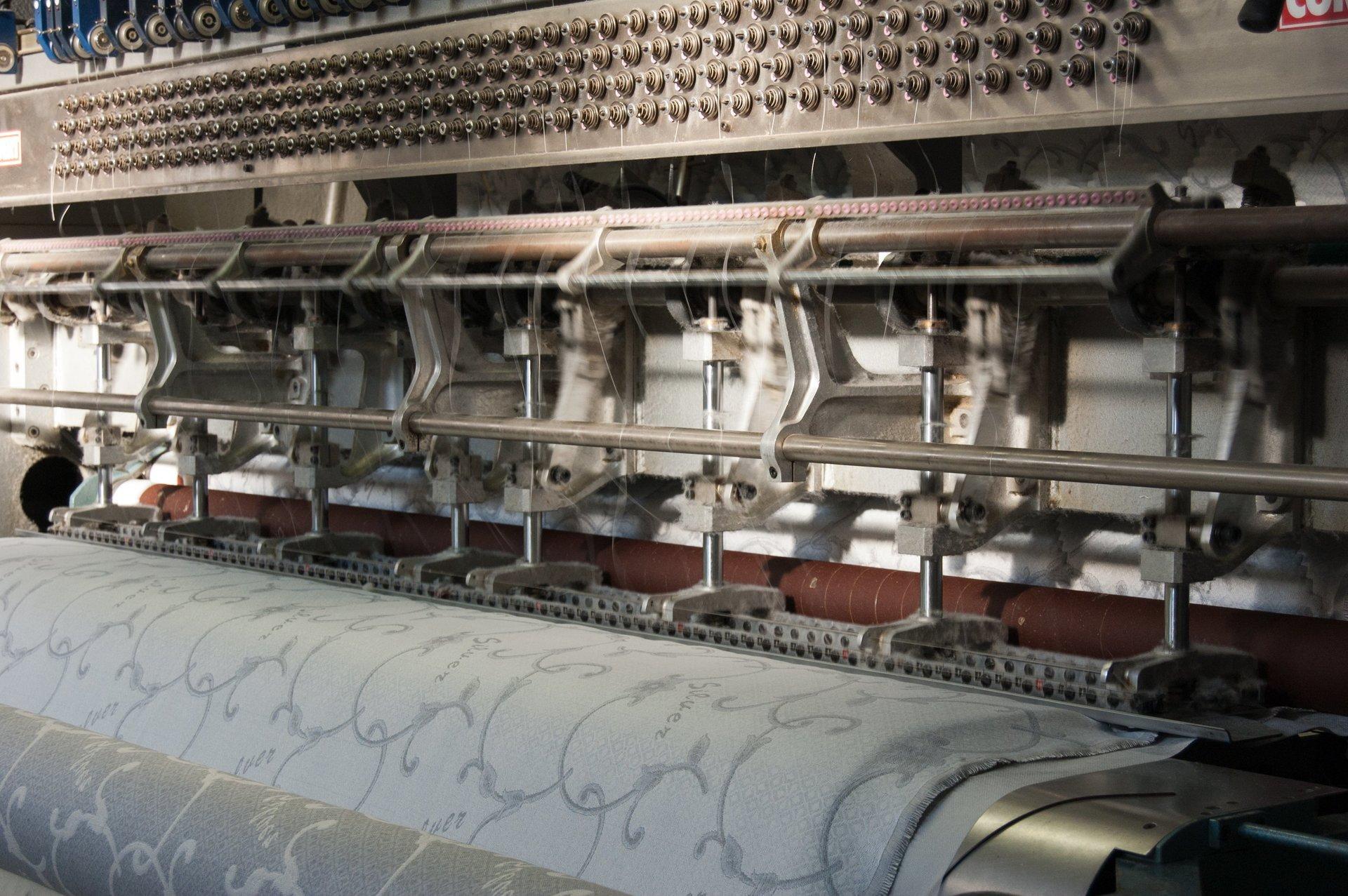 produzione e fabbrica con rivendita materassinovara
