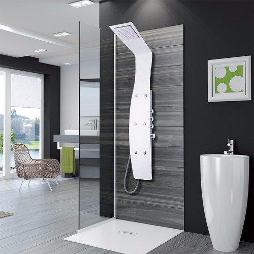 interno di un bagno moderno con pavimentazione grigia