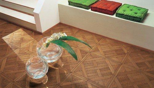pavimentazione in legno di un salotto