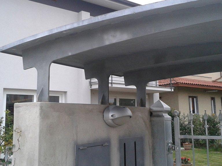 tettoia in acciaio