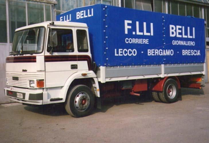 Fiancata del furgone aziendale