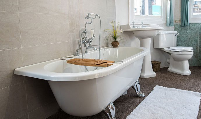 Bath, sink and toilet