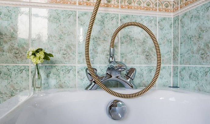 Shower head with unusual tubing