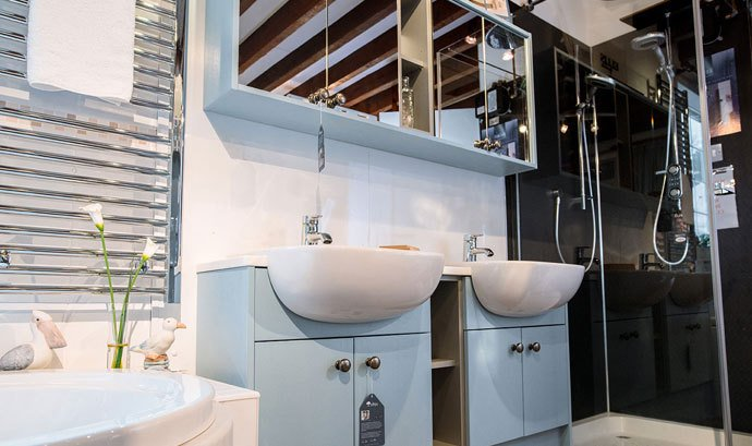 Double vanity units, bath and shower