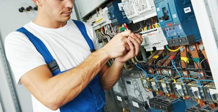 One of our electrical contractors providing quality repair service in Honolulu,HI