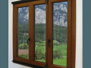 Serramenti in PVC monocolori o finto legno