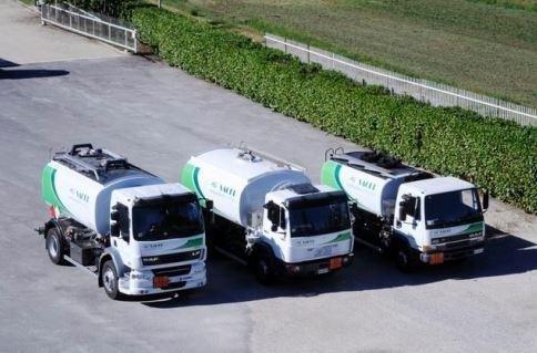 i camion parcheggiate