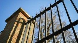 recinzioni in ferro, recinzioni di sicurezza, cancellate in ferro battuto
