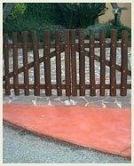 staccionata cancello legno