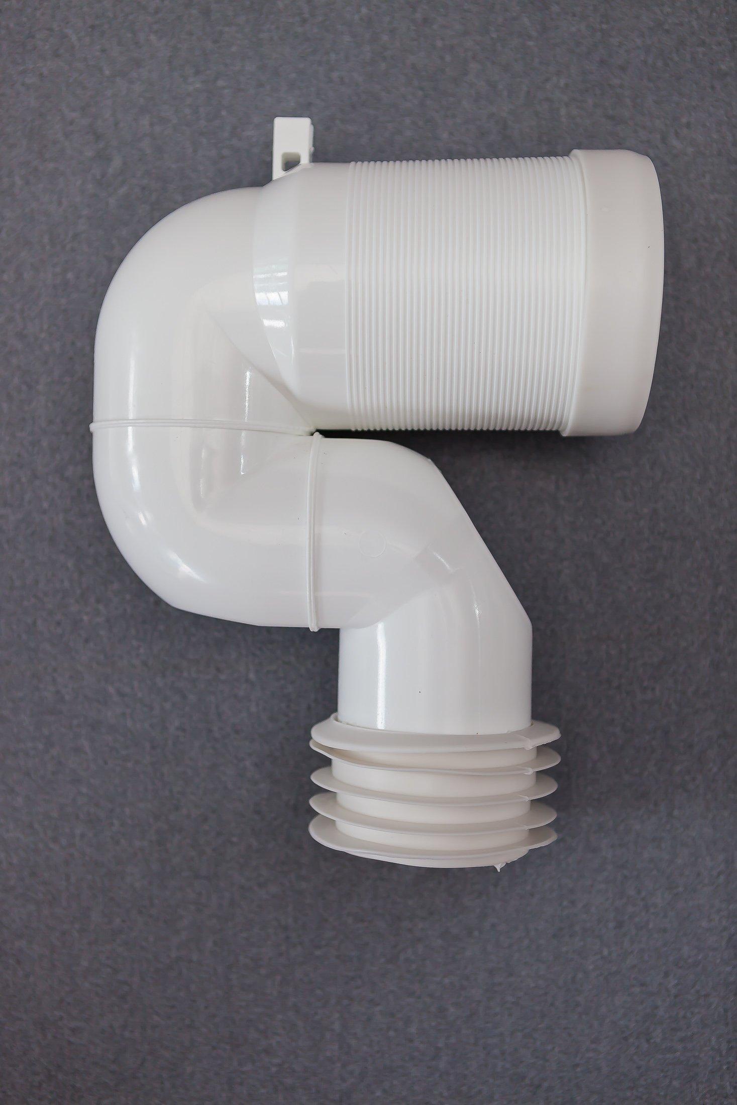 tubo in plastica con curvatura