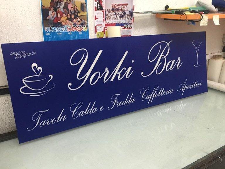 Insegna Yorki Bar