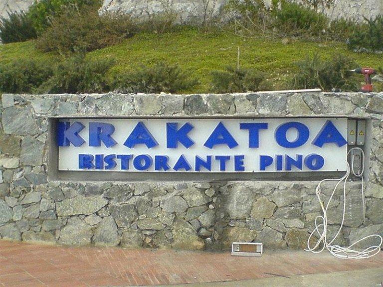 Insegna per Krakatoa - Ristorante Pino