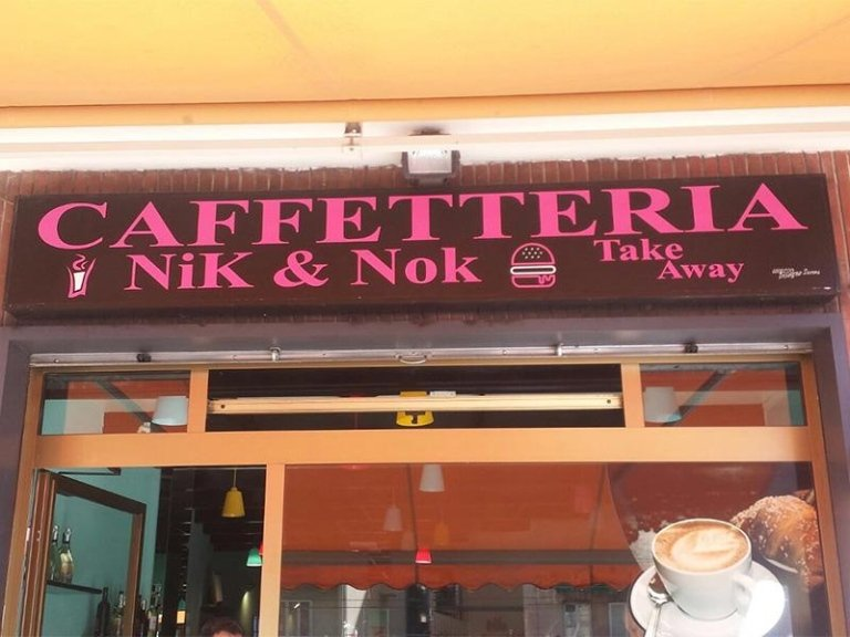 Insegna per caffetteria take away