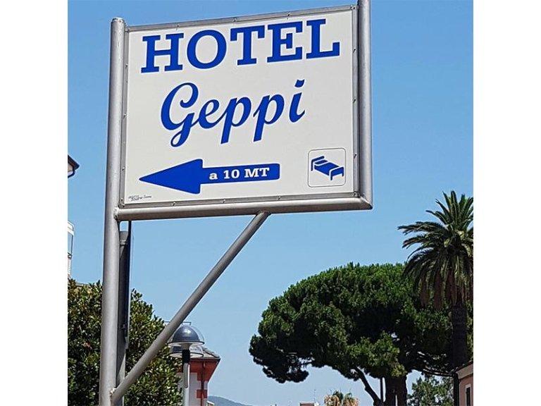 Insegna hotel Geppi