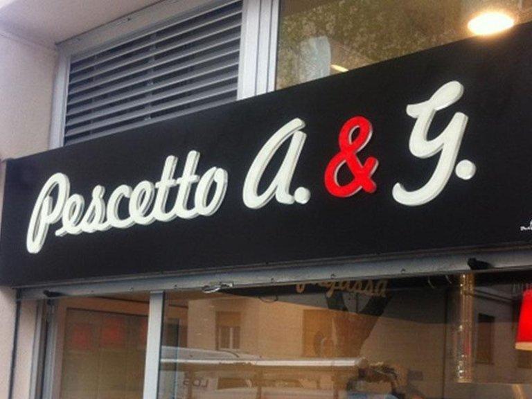 Amato Locali pubblici - Savona - Arredo insegne FT08