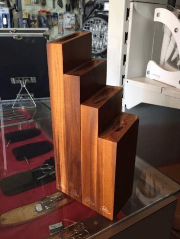 Ceppo portacoltelli in pregiato legno di ciliegio