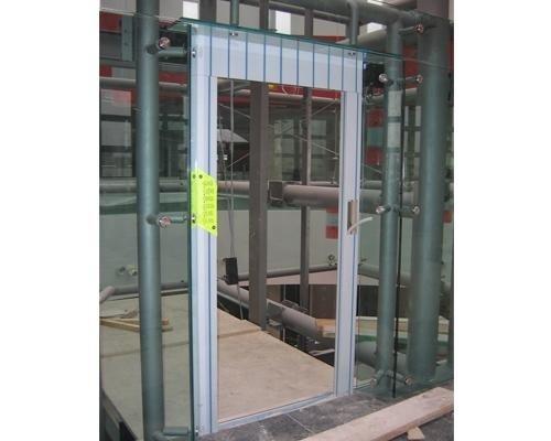 Installazione ascensore centro commerciale