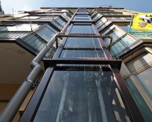 Installazione ascensori da esterno per palazzi