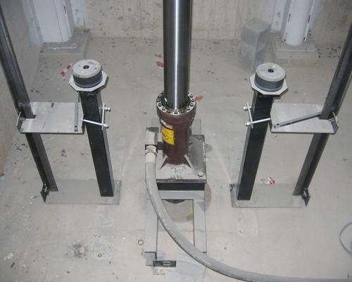 Meccanismo ascensore centro commerciale