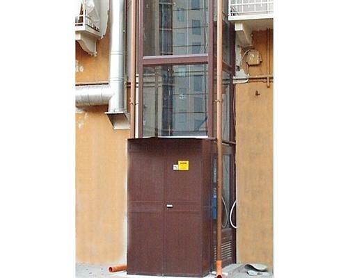 Ingresso ascensore da esterno