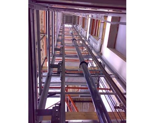 Interno struttura ascensore