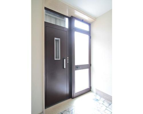Ingresso ascensore esterno