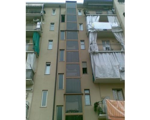 Ascensore esterno per palazzina residenziale