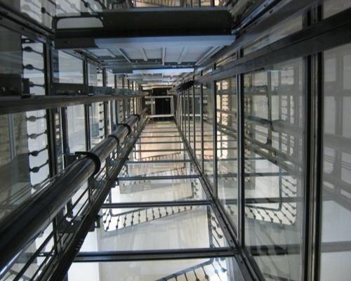 Tromba ascensore moderno
