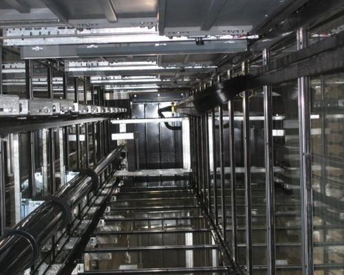 Sistema elevatore in metallo