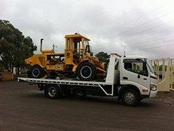 dyno tow truck towing pumpkin
