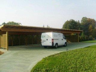 mobili da giardino di legno