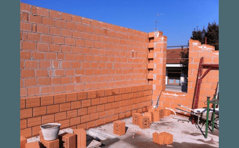 opere di muratura residenza via europa