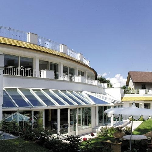 FINSTRAL-veranda albergo