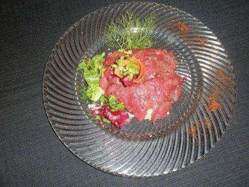 piatto carne insalata