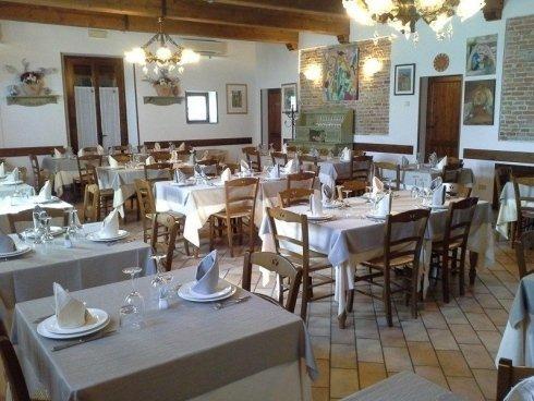sala tavoli per cerimonia