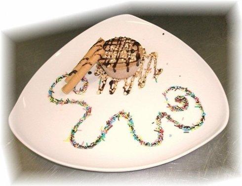 dolce decorazione piatto bianco