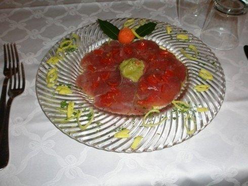 piatto tovaglia bianca rosso