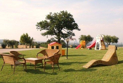 parco giochi albero