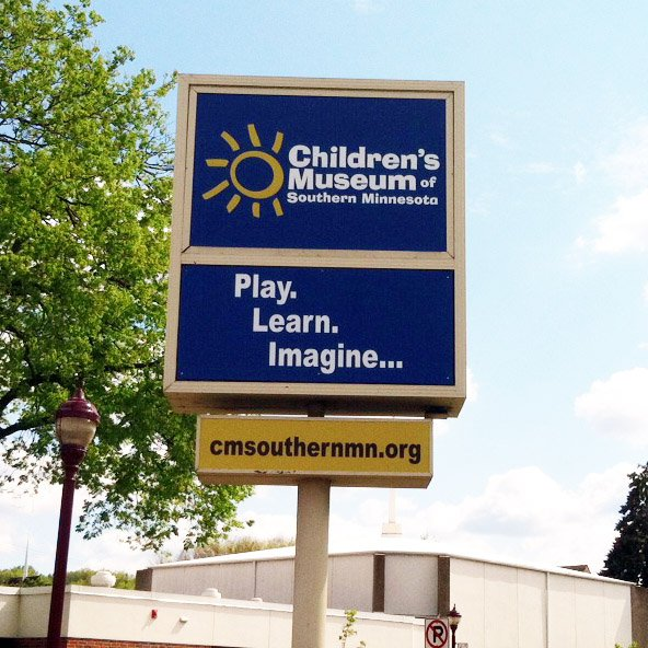 A sign for the Children's museum of Southern minnesota