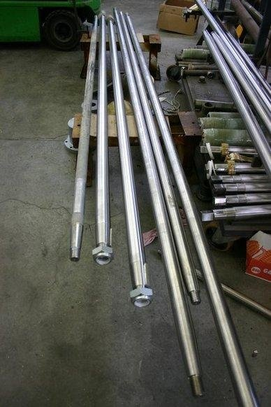 linee assi in acciaio