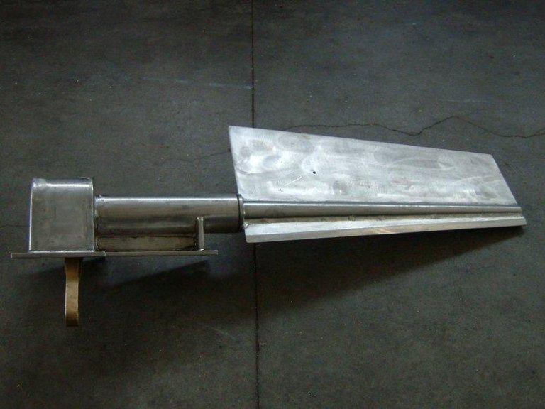 timone in acciaio