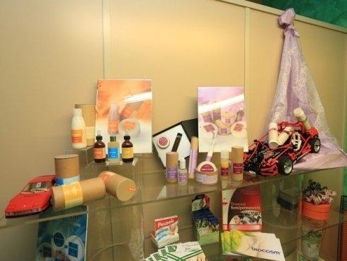 I trattamenti per la pelle proposti presso il centro benessere permettono una pulizia del viso profonda e duratura.