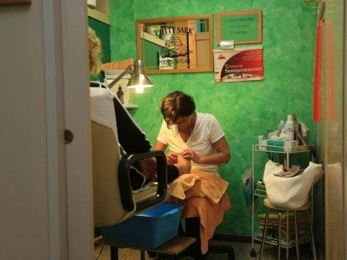 Prenditi cura dei tuoi piedi, approfitta dei massaggi e dei trattamenti di pedicure proposti da Body Look.