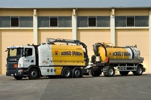 Veicolo specifico Scania con e senza Rimorchio cisterna (112)