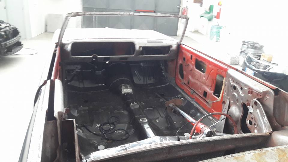 riparazione di un'auto