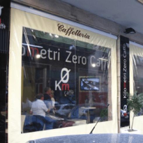 Tenda di una caffetteria