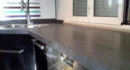 top cucina nero
