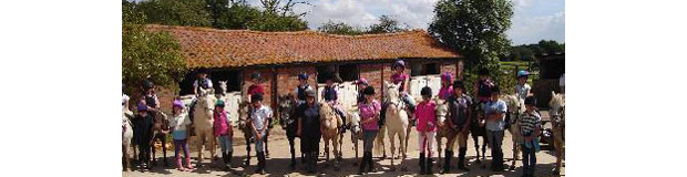 children in Twinstead