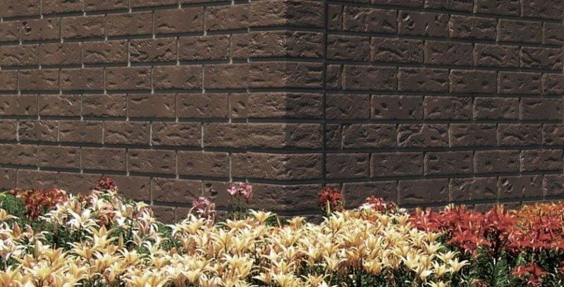 Brick corner red